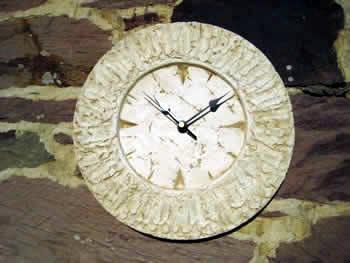 Small Clock Pale
