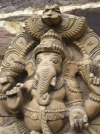 Super Ganesha For Garden Wall Dark