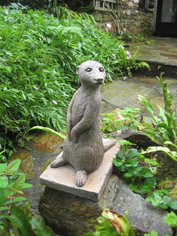 Left Meerkats Statue Dark