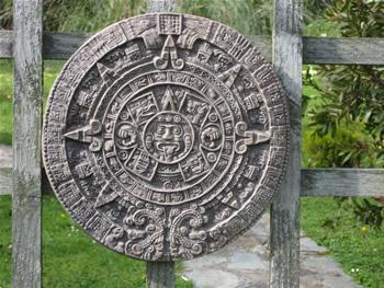 Large Azteccalender Dark