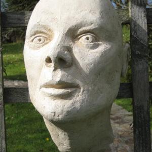 Large Head Pale