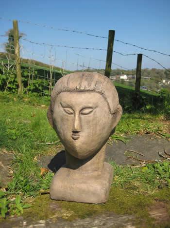 Modigliani Statue Dark